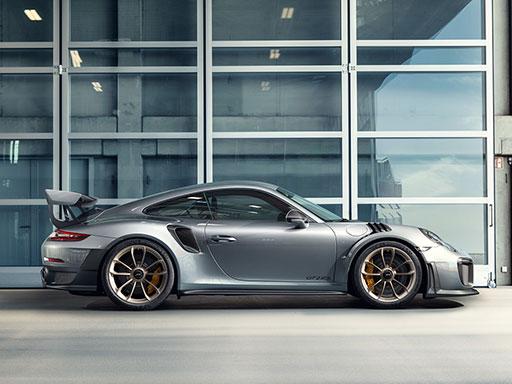 Machtwort. Der neue 911 GT2 RS.